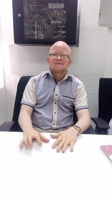 fred. OAM Foundation, Onome Akinlolu Majaro Foundation,  Albino foundation in nigeria, #BeyondTtheComplexion